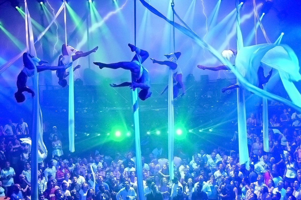 Coco Bongo Nightclub-1